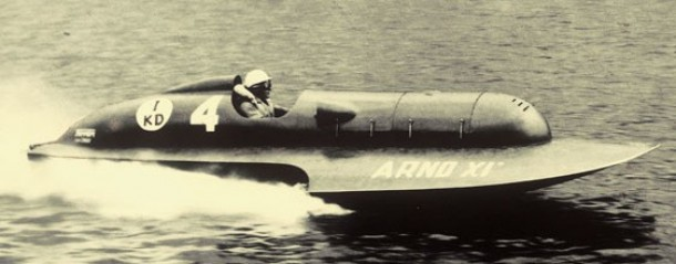 Ferrari Arno XI hydroplane raceboot for sale 3