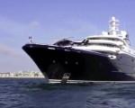 Superjacht Bill Gates voor de kust van Italië